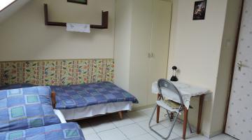 1-2-3 fős szoba fürdőszoba külön (thumb)