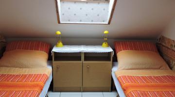 1-2 fős szoba külön fürdőszobával (thumb)